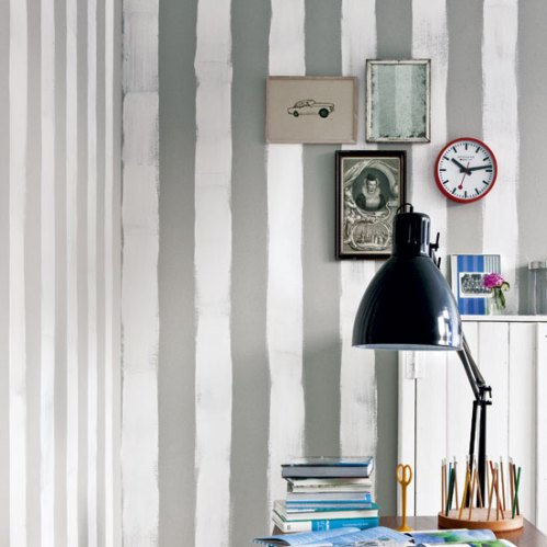 Mess striped painted walls
